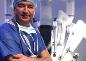 dr-gheorghe-nita-cu-robotul-davinci